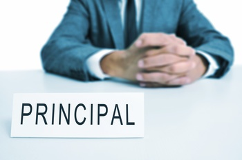 role of administrator in school